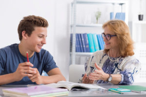 The Merits of One-To-One Teaching (And Why It Might Work Better for Your Child)